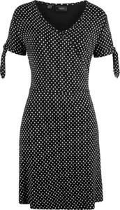 Czarna sukienka bonprix bpc bonprix collection w stylu casual z dekoltem w kształcie litery v midi