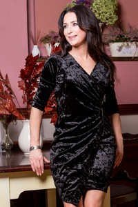 Czarna sukienka kaskada na sylwestra mini
