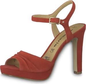 Czerwone sandały Tamaris na wysokim obcasie z klamrami