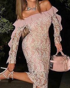Różowa sukienka Kendallme dopasowana z długim rękawem midi