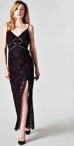 Czarna sukienka Guess z dekoltem w kształcie litery v z bawełny