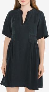 Granatowa sukienka Scotch & Soda w stylu casual z dekoltem w kształcie litery v