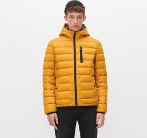 Żółta kurtka Reserved w stylu casual