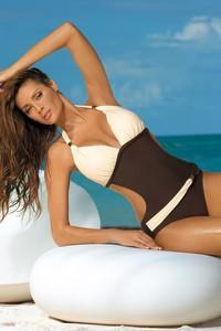 d5ddd2165938f4 Jednoczęściowy strój kąpielowy Kostium Kąpielowy Model Beatrix Ardesia-Hollywood  M-337 Pink/Grey - Marko • Monokini • Strój kąpielowy. Strój kąpielowy Marko