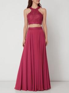 Różowa sukienka Luxuar bez rękawów rozkloszowana z okrągłym dekoltem
