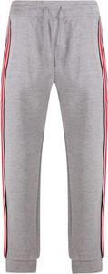 Spodnie sportowe Guess z bawełny