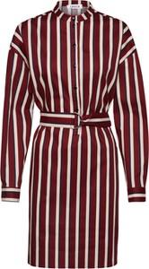 Fioletowa sukienka EDITED z kołnierzykiem w stylu casual koszulowa