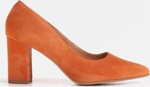 Czółenka Marco Shoes na średnim obcasie na obcasie