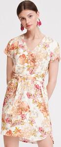Sukienka Reserved w stylu casual z dekoltem w kształcie litery v mini