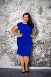 Niebieska sukienka tono.sklep.pl z krótkim rękawem midi dla puszystych