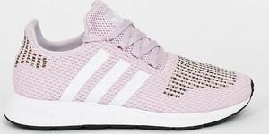 Różowe buty sportowe Adidas Originals na koturnie
