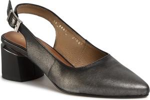 Srebrne sandały Maciejka na obcasie ze skóry