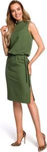 Zielona sukienka MOE midi z okrągłym dekoltem ołówkowa