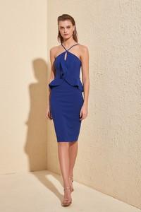 Sukienka Trendyol bez rękawów dopasowana