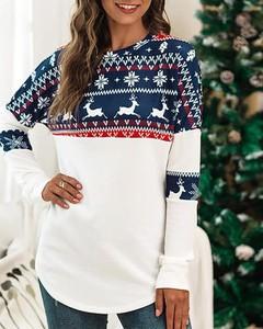 Bluzka Kendallme z okrągłym dekoltem z bawełny w bożonarodzeniowy wzór
