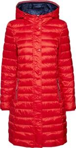 Czerwona kurtka Esprit