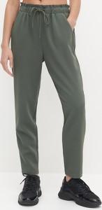 Zielone spodnie Reserved z tkaniny