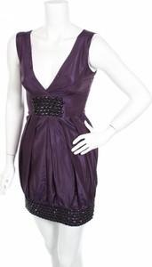 Sukienka Bebe z dekoltem w kształcie litery v mini