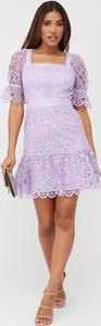 Fioletowa sukienka V by Very z okrągłym dekoltem z krótkim rękawem mini