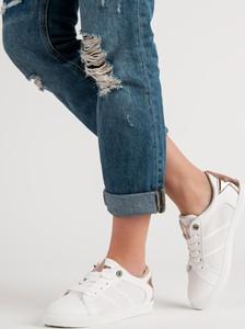 Buty sportowe Czasnabuty w sportowym stylu niskie sznurowane