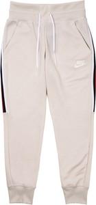Spodnie sportowe Nike z bawełny