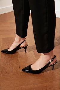 Czarne sandały Trendyol