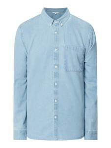 Niebieska koszula Review z jeansu z długim rękawem