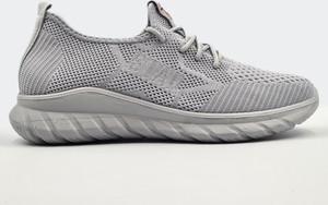 Buty sportowe Labuty sznurowane w sportowym stylu z płaską podeszwą