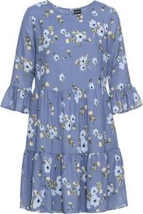 Niebieska sukienka bonprix BODYFLIRT trapezowa