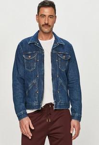 Niebieska kurtka Wrangler w młodzieżowym stylu z jeansu
