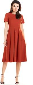 Czerwona sukienka Awama