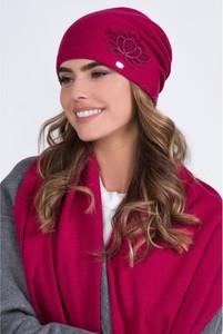 Różowa czapka Kamea