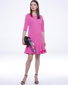 Różowa sukienka L'AF mini z długim rękawem
