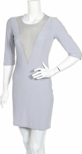 Sukienka Figl prosta mini z okrągłym dekoltem