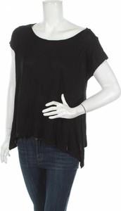 Czarna bluzka Usha z krótkim rękawem w stylu casual