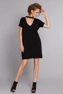 Sukienka Madnezz z krótkim rękawem mini oversize