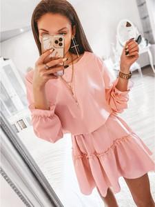 Różowa sukienka magmac.pl w stylu casual oversize mini