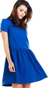 Niebieska sukienka Awama mini z krótkim rękawem w stylu casual