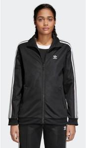 Czarna bluza Adidas w młodzieżowym stylu z bawełny