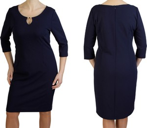 Granatowa sukienka Inna w stylu casual