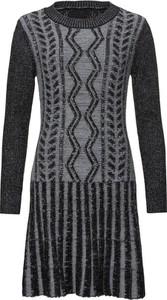 Sukienka bonprix BODYFLIRT boutique z dzianiny z długim rękawem midi