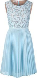 Sukienka Apart z okrągłym dekoltem mini