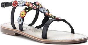 Sandały Carmela z klamrami ze skóry