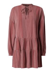 Sukienka Only oversize z żabotem w stylu casual