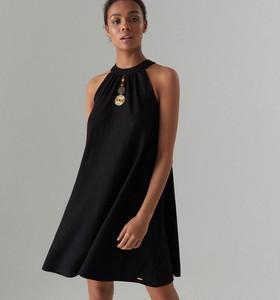 315c4171a6 Czarna sukienka Mohito