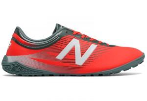 Czerwone buty New Balance w sportowym stylu sznurowane