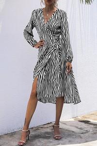 Sukienka IVET kopertowa z długim rękawem w stylu casual