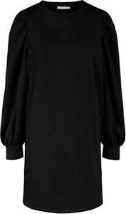 Czarna sukienka Pieces w stylu casual prosta mini