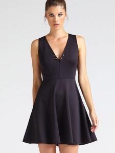 Niebieska sukienka Guess mini bez rękawów