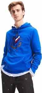 Niebieska bluza Tommy Hilfiger z nadrukiem